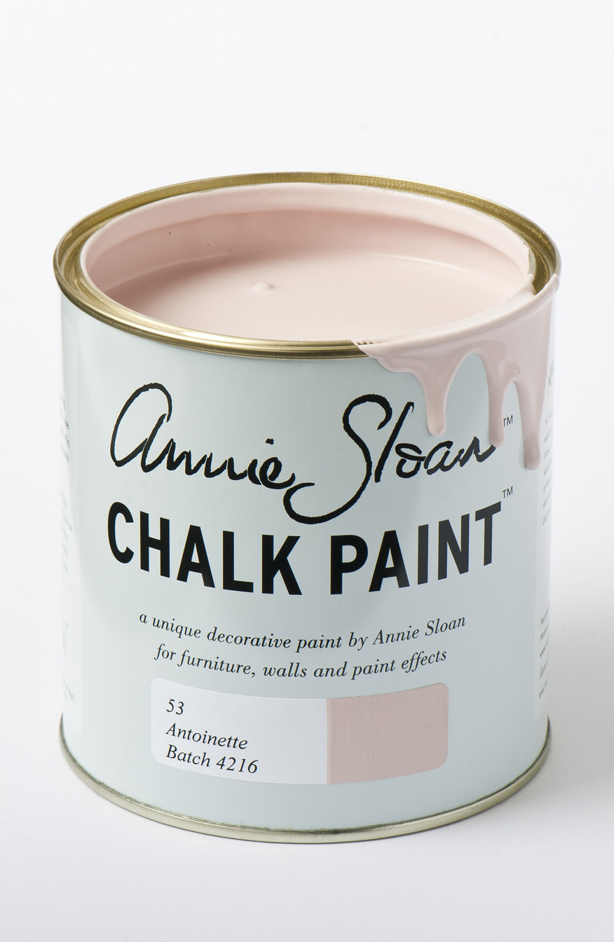 Annie Sloan chalk Paint in Antoinette