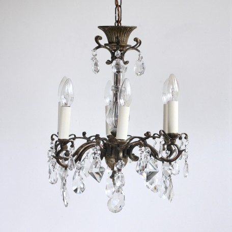 Pretty French Chandelier dressed in a mix of hand cut crystal droppers. Quality early 1900s brass and crystal chandelier. Fully restored and rewired.