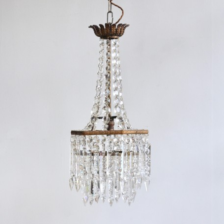 English Crystal Waterfall Chandelier with crystal hand cut buttons and Prince Albert crystal droppers. Early 1900s.