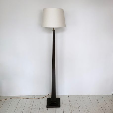 Deco black painted square wooden floor lamp