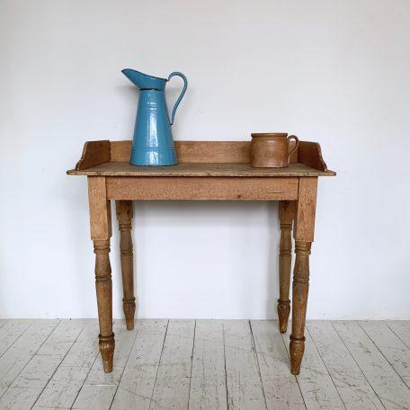 Vintage Pine Wash Stand
