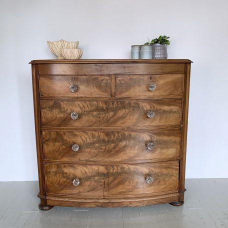 Victorian Mahogany Veneered Chest of Drawers with Original Glass Handles