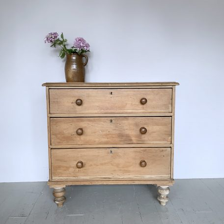 Victorian Waxed Pine Chest of Drawers