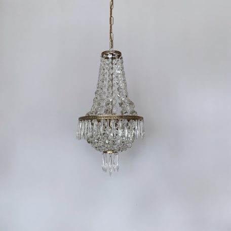 small-crystal-tent-and-bag-balloon-chandelier